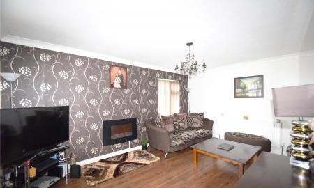 Linden Rise Long Lee Keighley BD21 Image 2