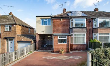 Photo of 4 bedroom Semi-Detached House for sale