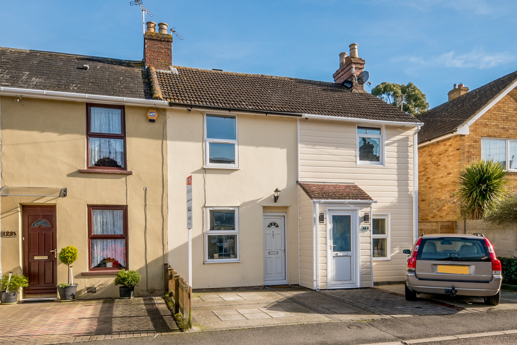 3 Bedrooms Terraced House for sale in Cudworth Road, Willesborough, Ashford TN24