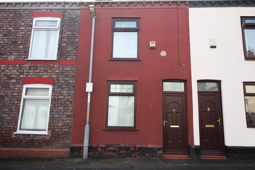 2 Bedrooms Terraced House for sale in Foster Street, Widnes WA8