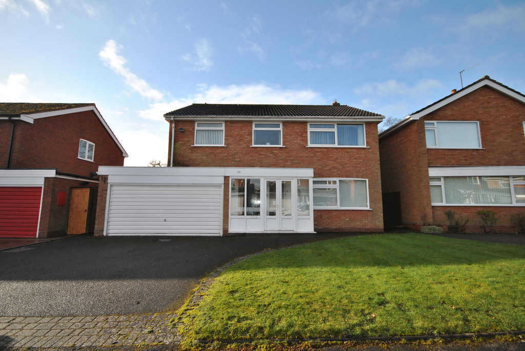 4 Bedrooms Detached House for sale in Fowgay Drive, Solihull B91
