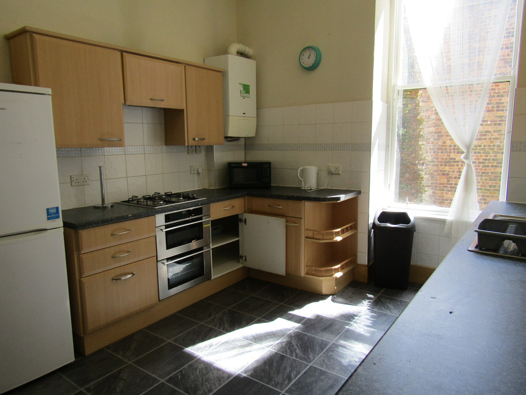 4 Bedrooms Apartment Flat for rent in Dumbarton Road 1/2, Partick G11