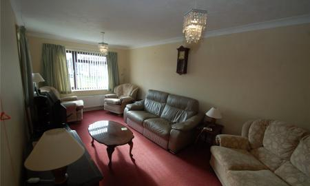Willow Court Bridgwater Somerset TA6 Image 3