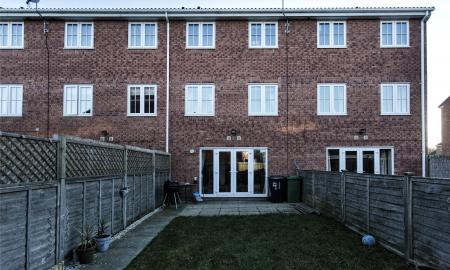 Spring Place Court Mirfield West Yorkshire WF14 Image 16