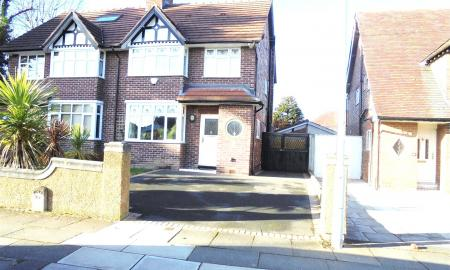 Heath Road Bebington CH63 Image 1