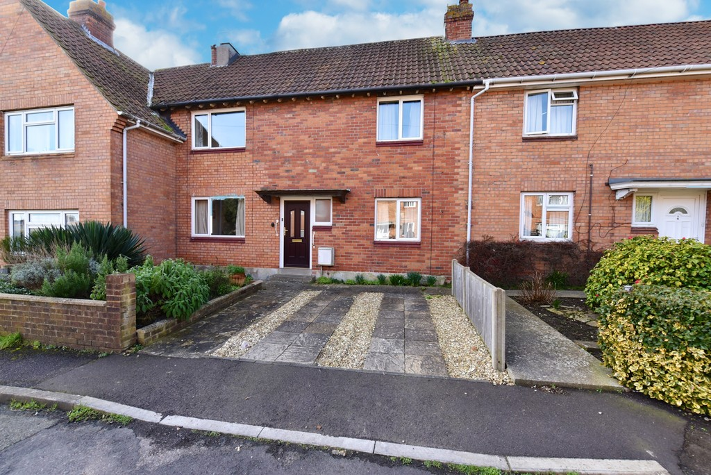 3 Bedrooms Terraced House for sale in Kingston View, Yeovil BA21