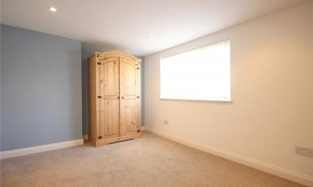 Photo of 3 bedroom Maisonette to rent