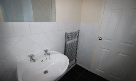 Heathfield Court Slim Road Liverpool L36 Image 5
