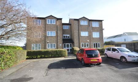 Amber Court Colbourne Street Swindon SN1 Image 5