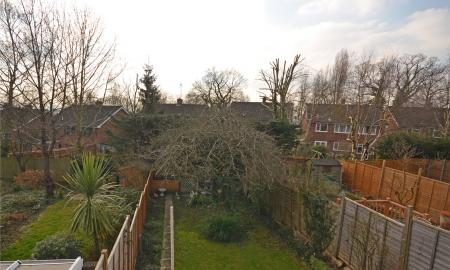 Walmer Close Tilehurst Reading RG30 Image 3