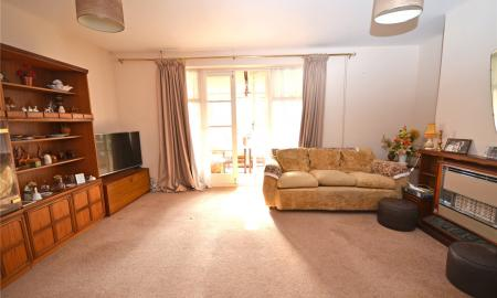 Walmer Close Tilehurst Reading RG30 Image 5