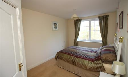 Knightsbridge Court Brighouse HD6 Image 6