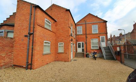 Photo of 8 bedroom Link Detached House for sale