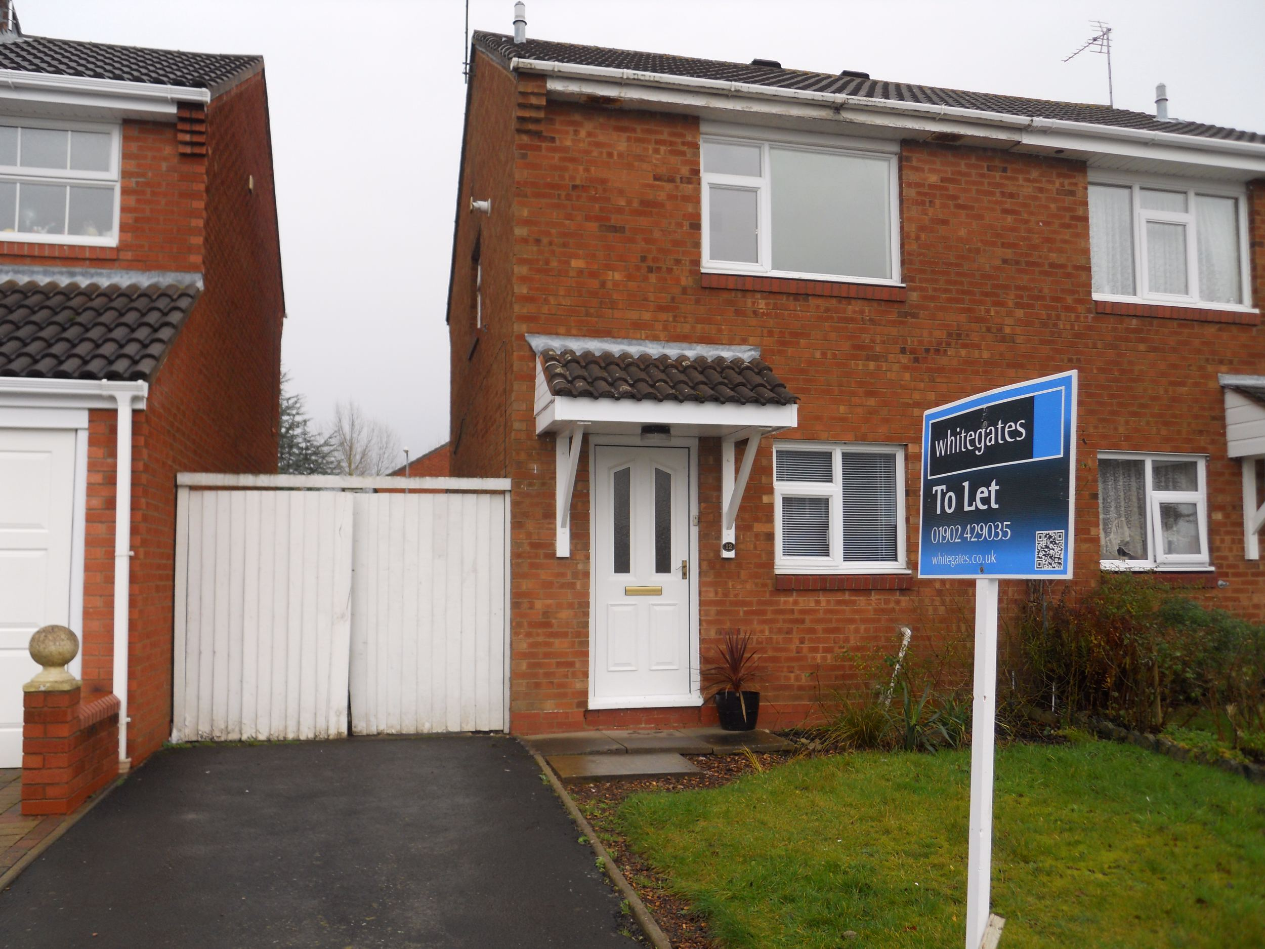 Whitegates Wolverhampton 2 Bedroom House To Rent In Melrose Drive Perton Staffordshire Wv6 Whitegates