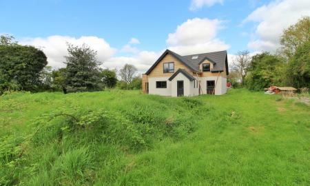 Photo of Studio Detached House for sale