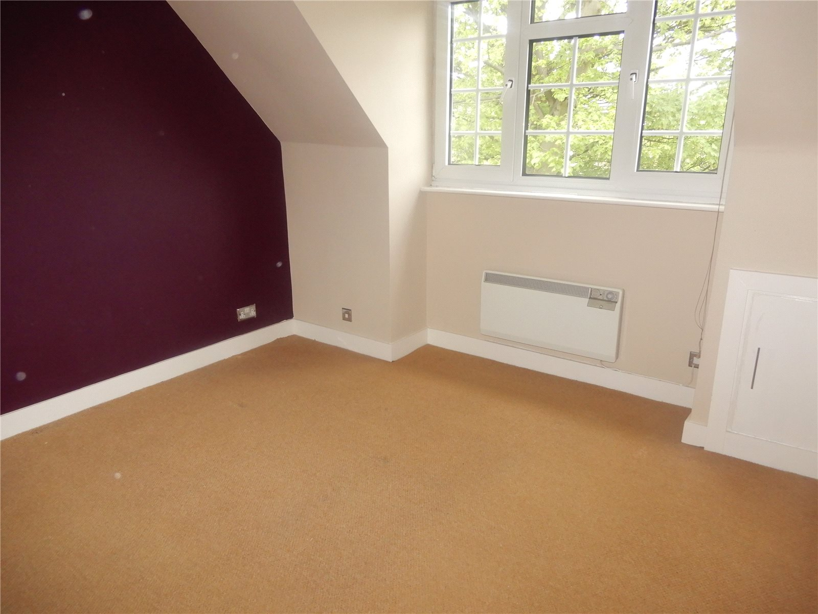 Whitegates Huddersfield 2 Bedroom Flat For Sale In Arncliffe Court Croft House Lane Marsh