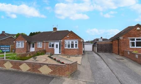Photo of 2 bedroom Semi-Detached Bungalow for sale