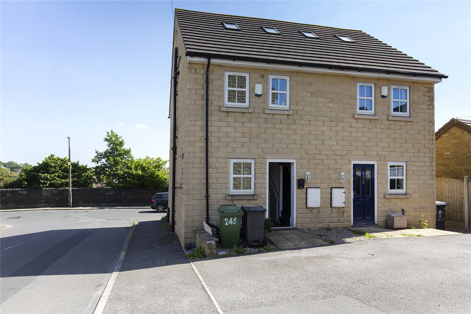 Whitegates Dewsbury 3 Bedroom House For Sale In Healey