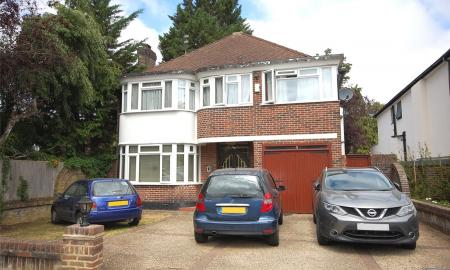 Rathgar Close Finchley N3 Image 2