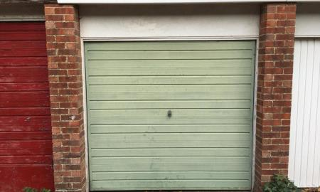 Photo of Studio Garages to rent