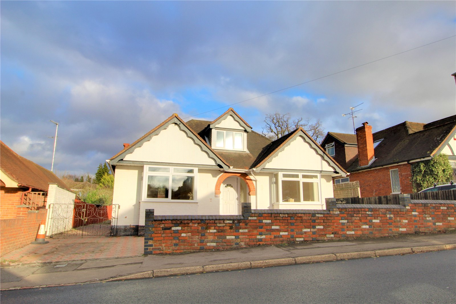 Parkers Reading 2 bedroom Bungalow to rent in Palmerstone Road