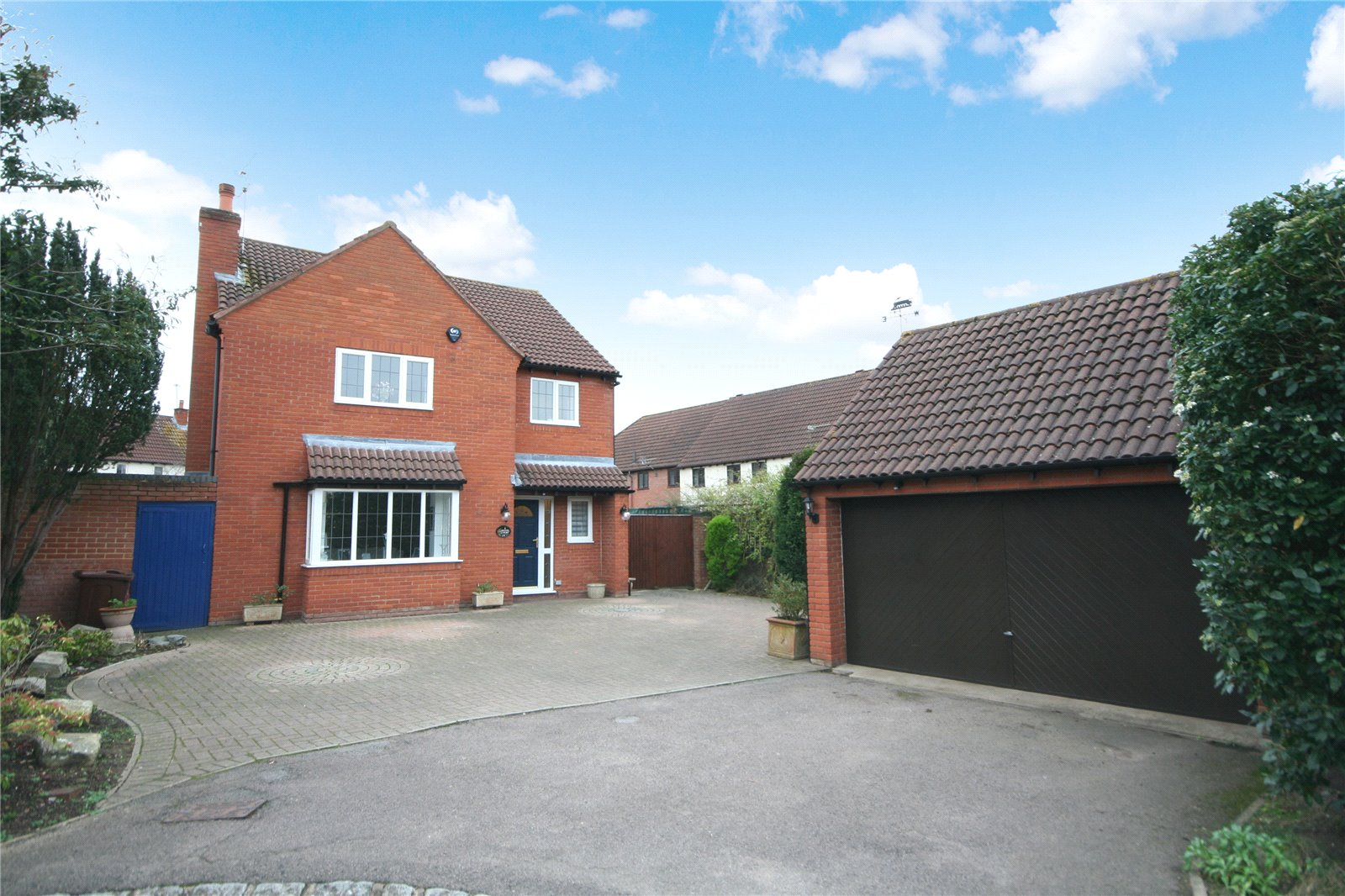 Cj Hole Cheltenham 4 Bedroom House For Sale In Deans Court