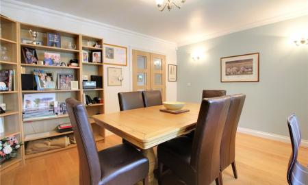 Blossom Grove Woodley Reading RG5 Image 4