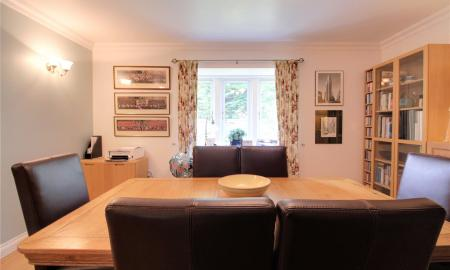 Blossom Grove Woodley Reading RG5 Image 26