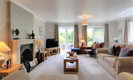 Blossom Grove Woodley Reading RG5 Image 3