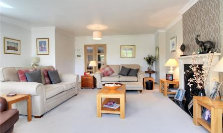 Blossom Grove Woodley Reading RG5 Image 2