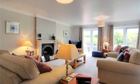 Blossom Grove Woodley Reading RG5 Image 31