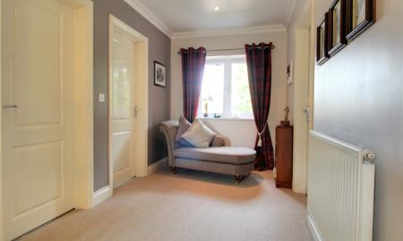 Blossom Grove Woodley Reading RG5 Image 13