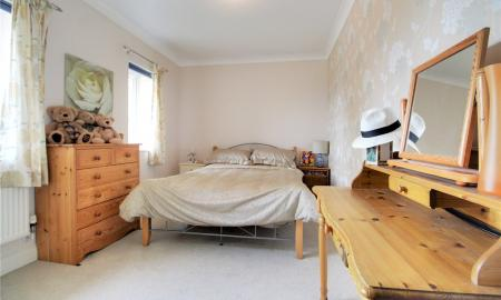 Blossom Grove Woodley Reading RG5 Image 15