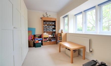 Blossom Grove Woodley Reading RG5 Image 18