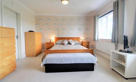 Blossom Grove Woodley Reading RG5 Image 8