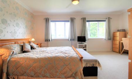 Blossom Grove Woodley Reading RG5 Image 9