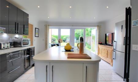 Blossom Grove Woodley Reading RG5 Image 25