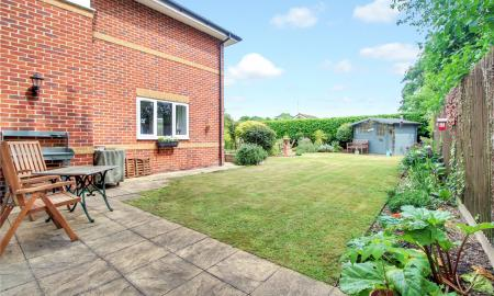 Blossom Grove Woodley Reading RG5 Image 20