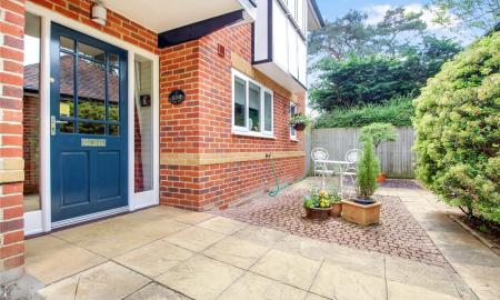 Blossom Grove Woodley Reading RG5 Image 21