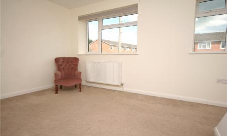 Rissington Close Cheltenham Gloucestershire GL51 Image 7