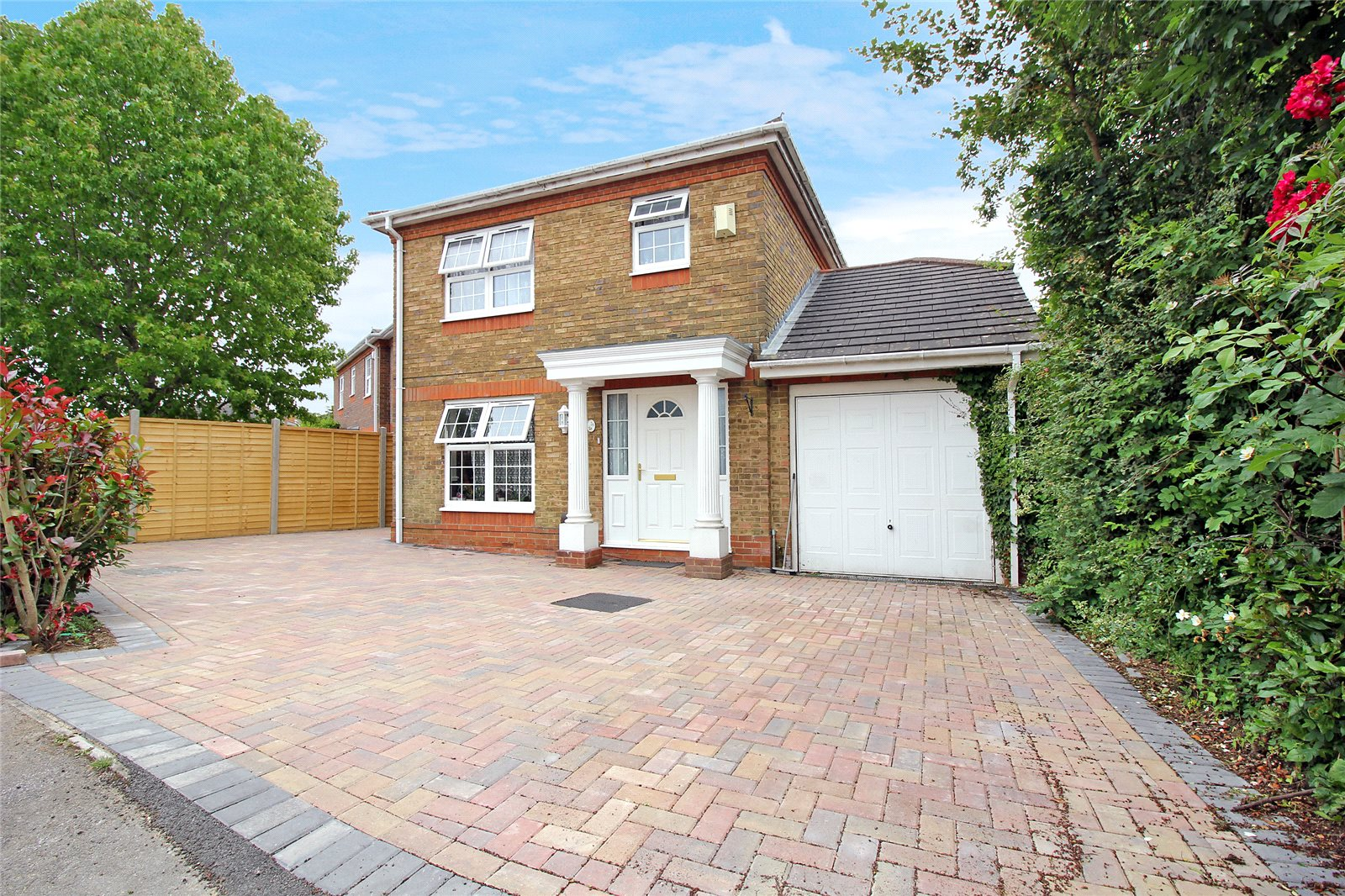 Pasture Close, Lower Earley, Reading RG6
