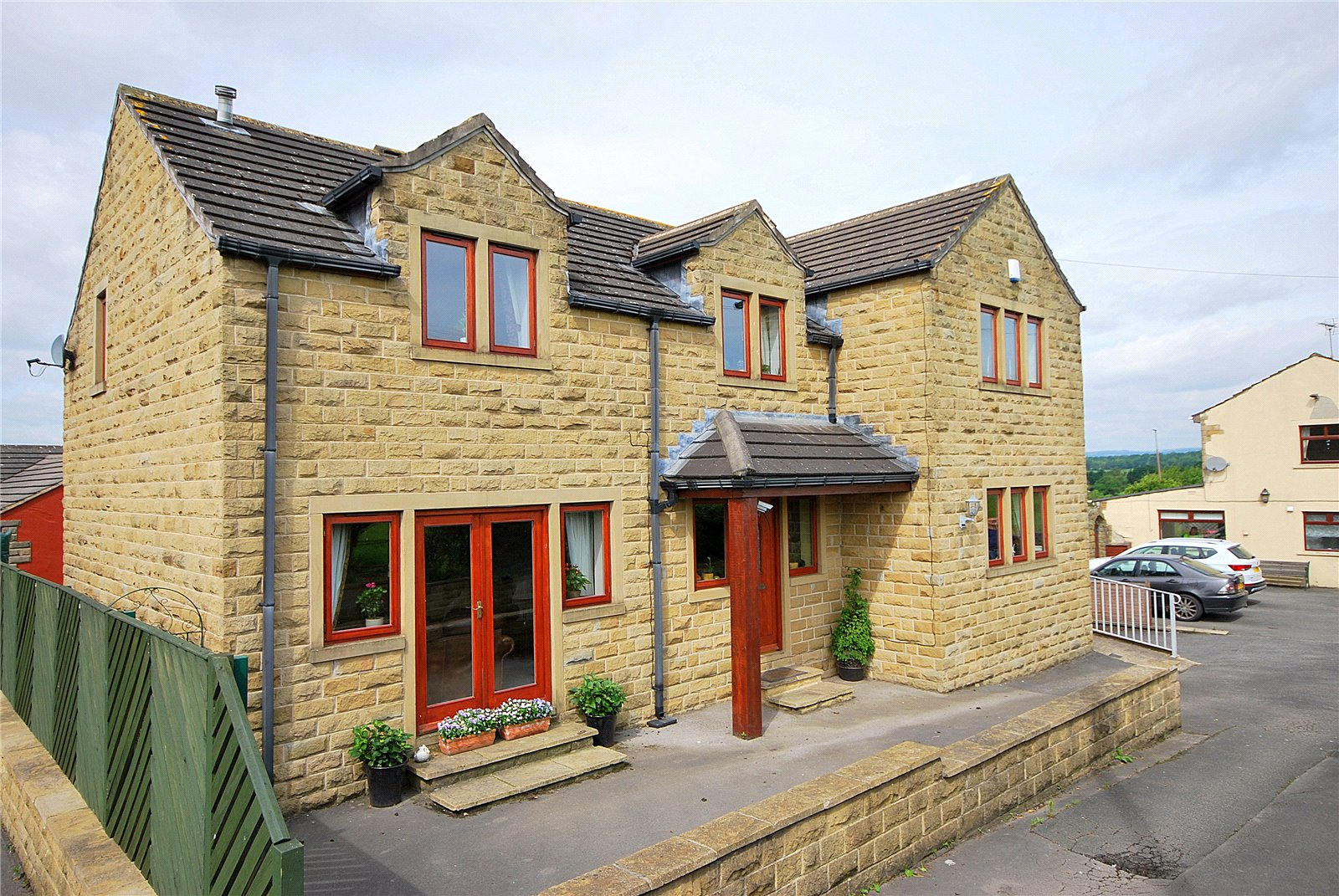 Leeds Road, Mirfield, West Yorkshire WF14