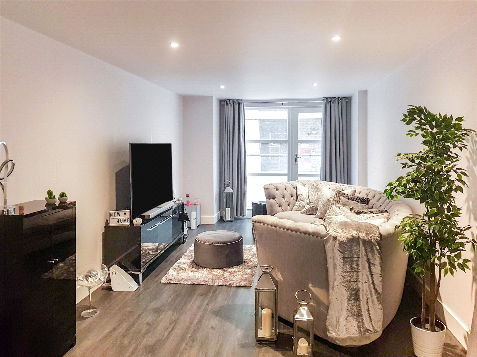 Whitegates Leicester 2 Bedroom Flat To Rent In Aria Apartments