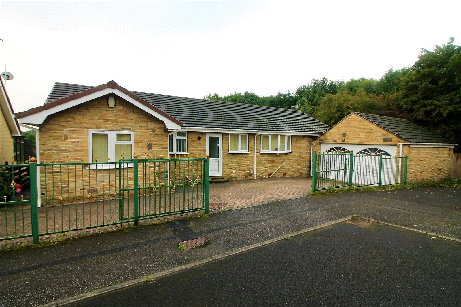 Wharncliffe Close, Hoyland S74