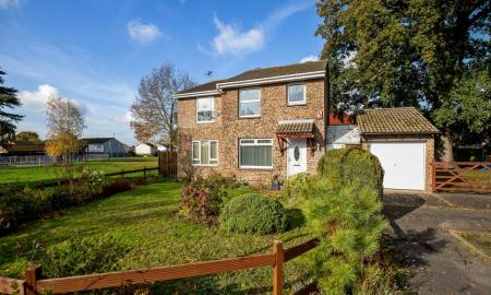 Photo of Springwood Close, Godinton, Ashford