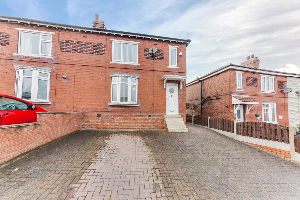 Lowfield Avenue, Greasbrough S61