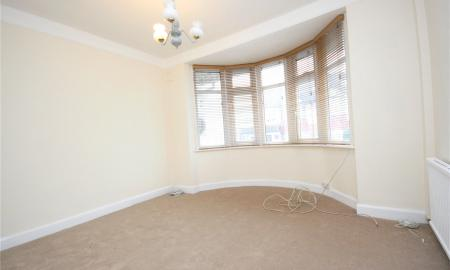 1 bedroom Maisonette to rent