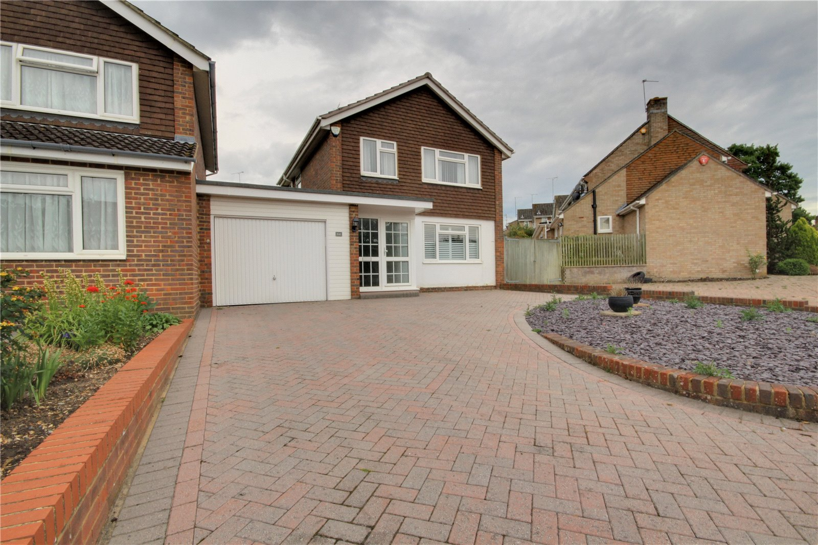 Redhatch Drive, Earley, Reading RG6