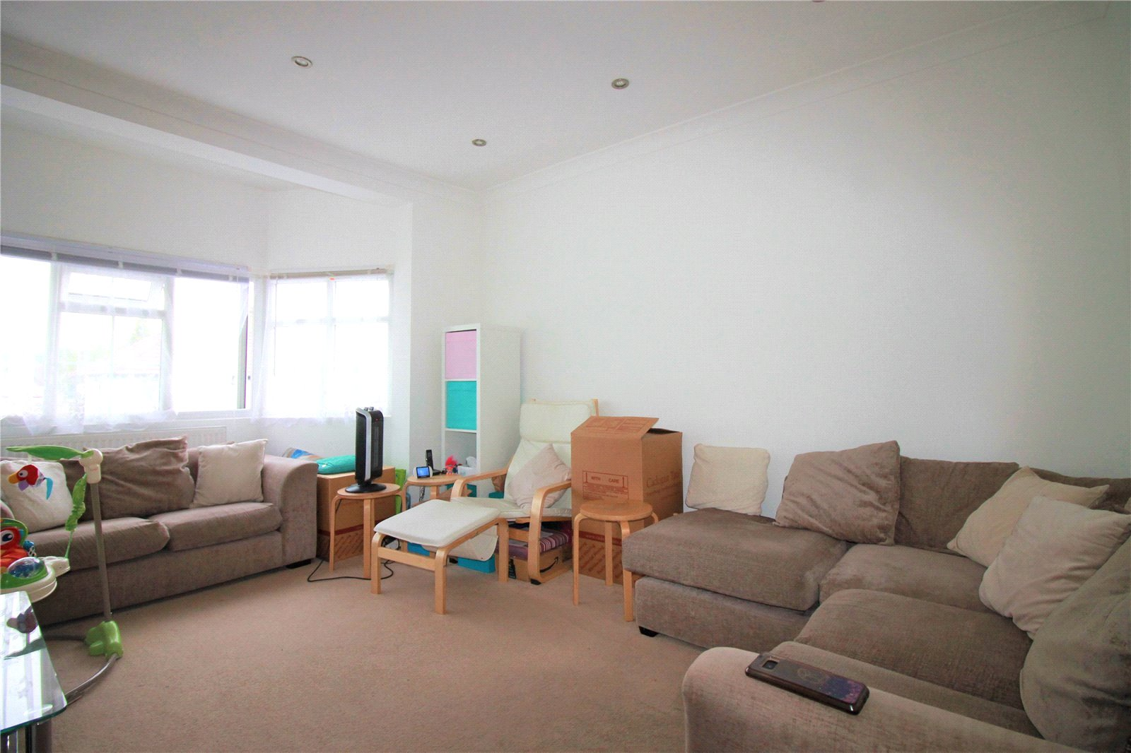 Costons Lane, Greenford UB6
