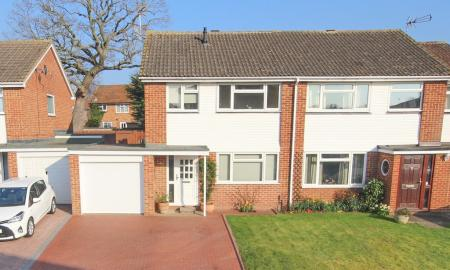 Photo of Shefford Crescent, Wokingham